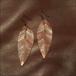 COPPER TURQUOISE ANTIQUED LEATHER FEATHER EARRINGS